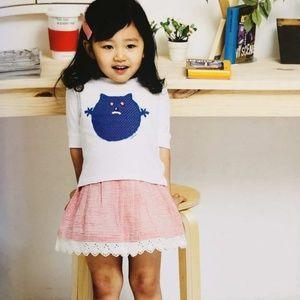 Girls shirt with cute lace edge cute skirt